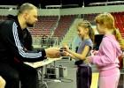 """Foto: Akcija """"Swedbank Basketbols aicina""""  arī"""" Arēnā Rīga"""""""
