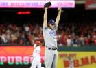"""""""Dodgers"""" uzvar piektajā mačā un soļo tālāk"""