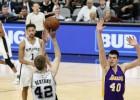 """Video: Dāvim Bertānam pieci punkti graujošā uzvarā pret """"Lakers"""""""