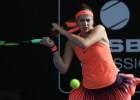 """Ostapenko Melburnā ielozē Ķīnas tenisisti bez """"Grand Slam"""" uzvarām"""