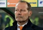 Blinds atlaists no Nīderlandes galvenā trenera amata