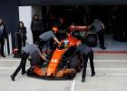 """Ferrari"" un ""Mercedes"" nevēlas sadarboties ar ""McLaren"" komandu"
