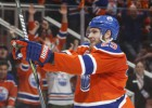 """Draizaitls ar """"Oilers"""" paraksta astoņu gadu līgumu par 68 miljoniem dolāru"""