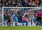 """""""Arsenal"""" klūp Braitonā, """"City"""" pret """"Chelsea"""" pietiek ar vieniem vārtiem"""