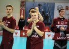 Triju nāciju turnīru Latvija sāk ar uzvaru pēcspēles metienos