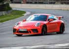 Minišosejā pirmo reizi triumfē Zuģickis ar Porsche 911 GT3