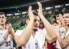 Blūmam seši tālmetieni un 28 punkti otrajā puslaikā, Latvija atspēlējas no -17