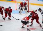 Studentu hokeja izlase atspēlējas no iedzinējiem un uzvar Zviedriju
