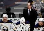 No ''Sabres'' atlaistais Hauslijs kļūst par ''Coyotes'' trenera asistentu