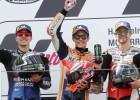 """Četras dienas pēc kājas salaušanas Krečlovs izcīna trešo vietu """"MotoGP"""" posmā"""