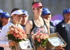 Ostapenko sliktas servēšanas dēļ pirmoreiz zaudē WTA dubultspēļu finālā