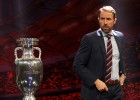 Anglijas izlases galvenais treneris Sautgeits piekrīt algas samazinājumam