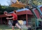 Video: Lauku jauneklis demonstrē treniņus ar izdomu