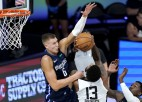 """Porziņģis gūst 30 punktus, """"Mavericks"""" trešais zaudējums NBA <i>burbulī</i>"""
