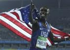 5000 metru skrējiena olimpiskais vicečempions spiests grūst lodi un mest disku