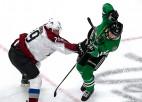 """Par NHL šīs sezonas džentlmeni atzīts Kolorādo """"Avalanche"""" līderis Makinnons"""