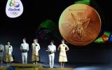 Foto: Riodežaneiro olimpiādes medaļu prezentācija