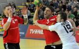 Foto: Latvijas handbola izlase uzvar Slovākiju