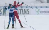 Video: Slēpotājs Boļšunovs sit un notriec konkurentu