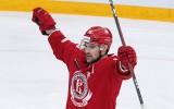 KHL rekords: Daugaviņš pārspēj Dārziņu un M. Rēdlihu un cīnās par <i>play-off</i>