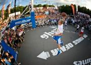 """Rīgā notiks pasaulē prestižākais Slam Dunk konkurss """"Sprite Kings of Air"""""""