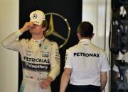 """Rosbergs Abū Dabī startēs ar """"ārkārtīgi vecu"""" dzinēju"""