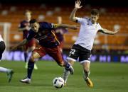 ''Barcelona'' spēlē neizšķirti Valensijā, bet iekļūst Spānijas kausa finālā