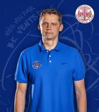 Kārlis Muižnieks: Galvenais treneris