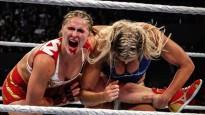 Ronda Rouzija piedzīvo ļoti smagu maču WWE (18+)
