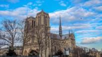 """Skumstot par cietušo katedrāli, Jelgavā parādīsies """"Notre-Dame"""" korts"""