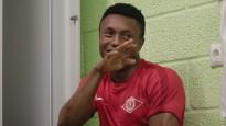 """Futbolbumbas: """"""""Spartaka"""" afrikāņu sadzīve kazarmās Kauguros"""""""