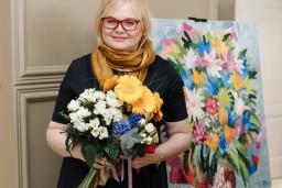 """""""Baltajā Kumodē"""" tika atklāta pazīstamās Krievijas mākslinieces Natālijas Pankovas darbu izstāde"""