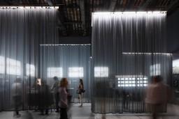 Venēcijas arhitektūras biennālē atklāts Latvijas paviljons un prezentēta grāmata par daudzīvokļu namu arhitektūru Latvijā