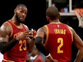 Džeimss un Ērvings samet 68, ''Rockets'' 18. uzvara 20 spēlēs, ''Warriors'' zaudē