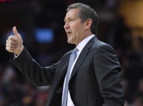"Džeksons neplāno atlaist ""Knicks"" galveno treneri Hornačeku"