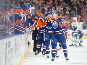 """""""Maple Leafs"""" pirmajā kārtā pret """"Capitals"""", Makdeividam 100 punkti"""