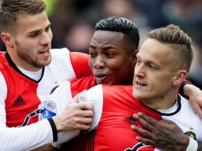''Olympiacos'' 19. reizi 21 gadā triumfē Grieķijā, ''Feyenoord'' tuvu titulam Nīderlandē
