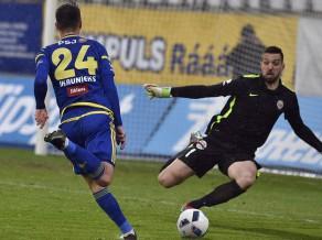 Dāvis Ikaunieks atkal iesit, Šteinbors pirmoreiz šogad spēlē Polijas Ekstraklasē