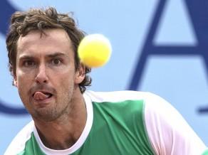 Gulbis Sinsinati pieveic Krievijas tenisa talantu Rubļovu