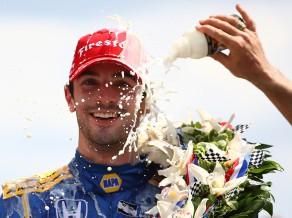 """Viens no kandidātiem uz vietu """"Toro Rosso"""" komandā ir """"Indy 500"""" čempions Rosi"""
