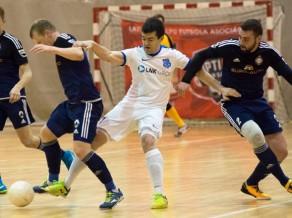 Nedēļas nogalē cīņas telpu futbola Virslīgā, spēle no Rīgas Sportacentrs.com tiešraidē