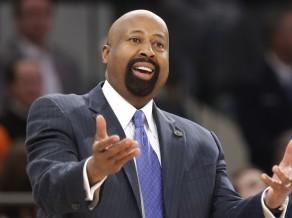 """Ņujorkas """"Knicks"""" saņem atļauju runāt ar savu bijušo galveno treneri Vudsonu"""