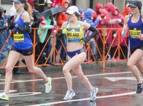Bostonas maratona uzvarētājam un otrās vietas ieguvējai trešdien jābūt darbā