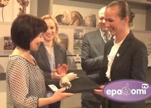 Video: Dabas muzejs jubilejā saņem unikālu Latvijā atrastu mamuta ilkni