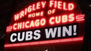 """""""Cubs"""" atliek """"Indians"""" svinības"""
