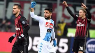 Neapole iesit divus vārtus pirmajās 10 minūtēs un uzvar Milānu