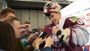 Labākais hokeja vārtsargs ir Elvis!