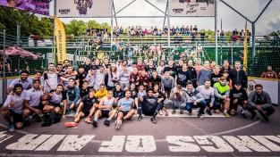 """""""Ghetto Football"""" spēlē astoņu valstu futbolisti, uzvar mājinieki"""