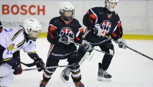 Video: Valmierā aicina treniņiem pievienoties jaunos hokejistus