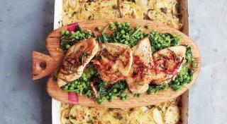 Ātrais cāļa, dārzeņu un kartupeļu sacepums
